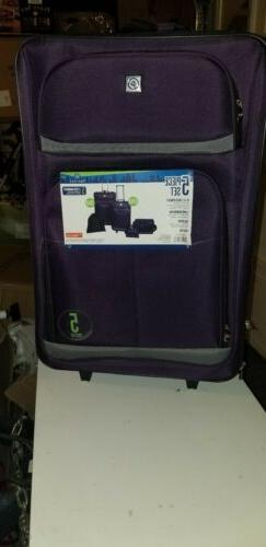 BRAND NEW Protege 5 Piece Spinner Luggage Set in purple